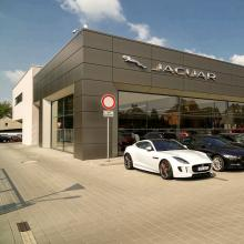 1584089459showroom-b-of-b-cars-ostrava-jaguar-best-of-british-cars.jpg