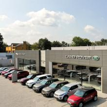1584089460showroom-b-of-b-cars-ostrava-land-rover-range-rover-best-of-british-cars.jpg